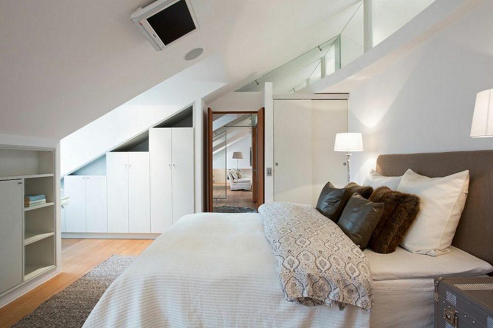 camera-da-letto-mansardata-armadi C4